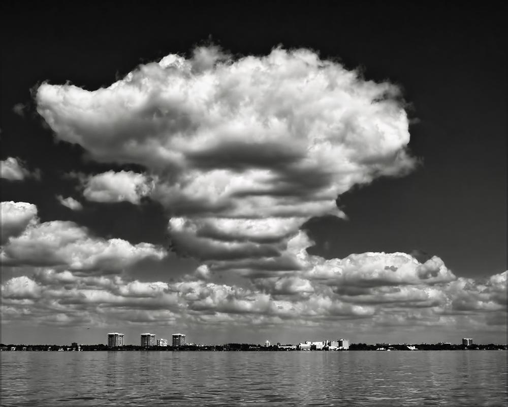 big cloud b and w