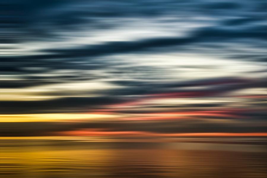 pink-stripes-blurredlr